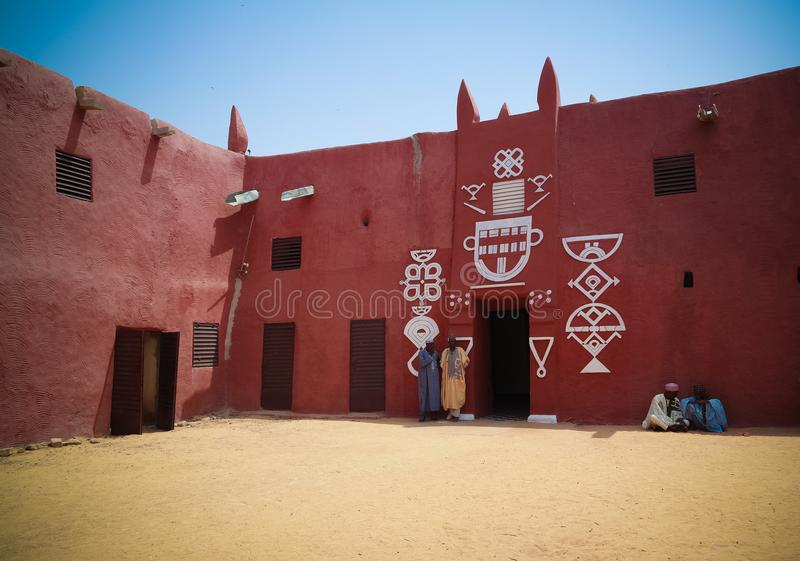 Zewnętrzny widok Damagaram sułtanu siedziba, Zinder, Niger obraz royalty free