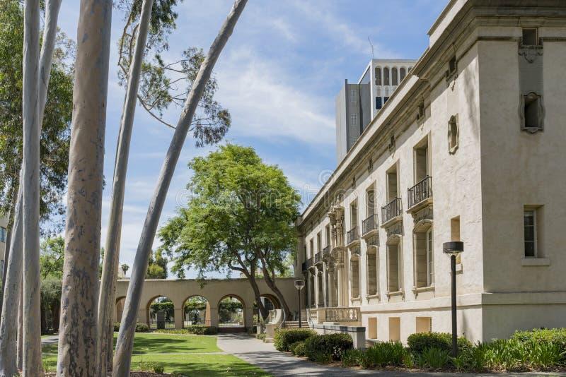 Zewnętrzny widok duchowny bramy, Hall administracja w Ca obraz royalty free
