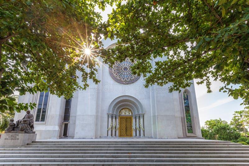 Zewnętrzny widok kościół katolicki, wniebowzięcie uniwersytet, Thail zdjęcie stock