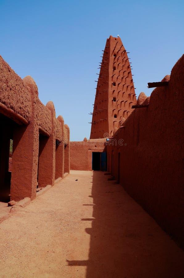 Zewnętrzny widok Uroczysty meczet Agadez, Niger obrazy stock