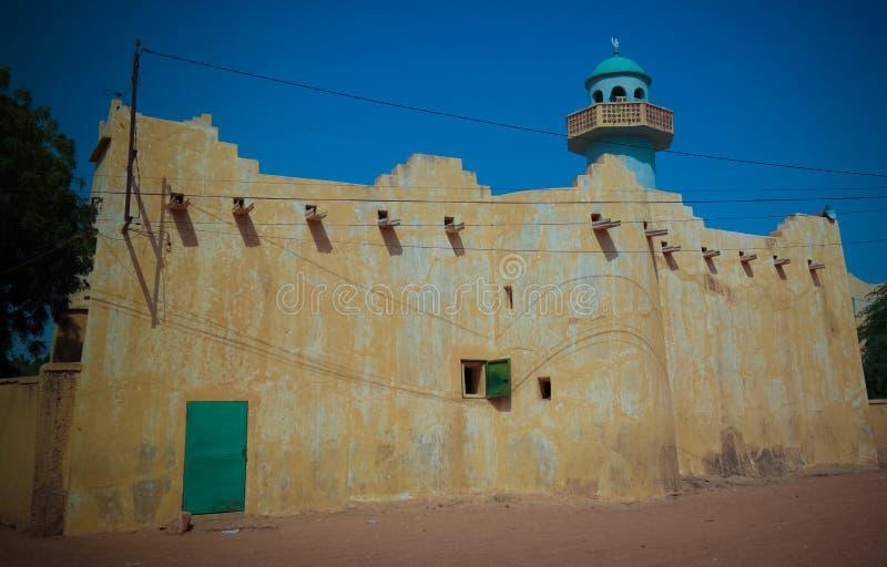 Zewnętrzny widok Uroczysty meczet Zinder, Niger obrazy royalty free