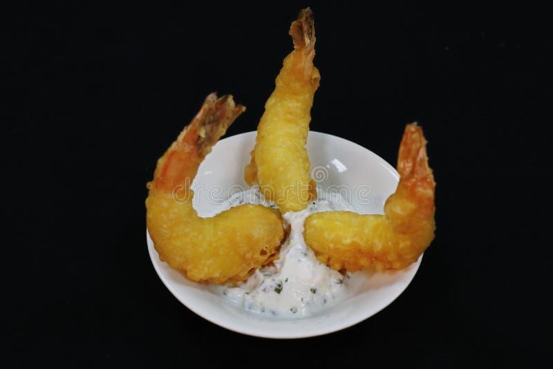Zgłębiam smażył powyginane garnele znać jako tempura krewetki zdjęcie stock