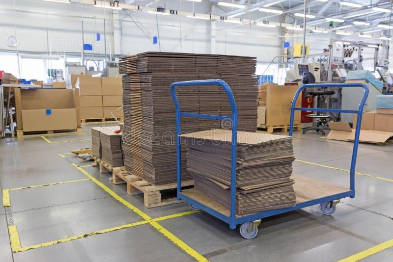 Zgromadzenie fabryki wnętrze zdjęcie royalty free