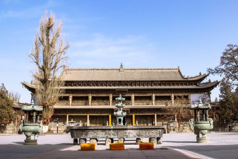 ZHANGYE, CHINA - 8 DE MARÇO DE 2016: O templo gigante da Buda O nati fotografia de stock royalty free