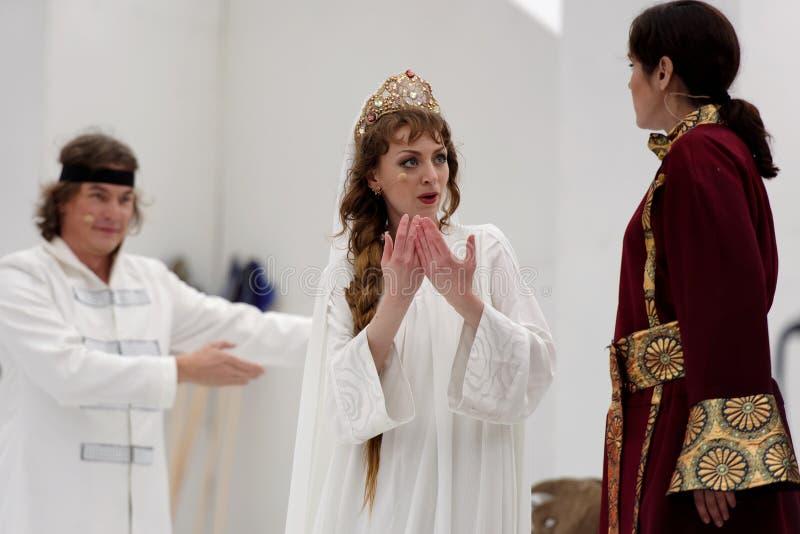 Zhanna Dombrovskaya в опере Ruslan и Lyudmila стоковое фото