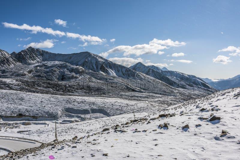 Zheduo góry sceneria zdjęcie royalty free