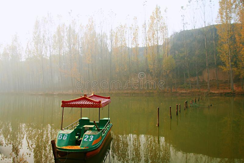 Zhengzhou Donglin jezioro obrazy stock