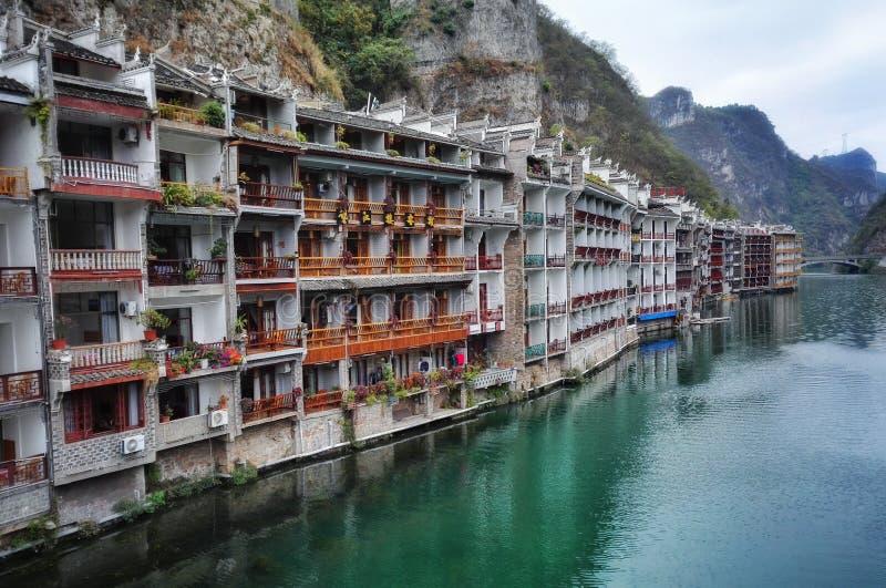 Zhenyuan, vista della città antica della porcellana fotografie stock
