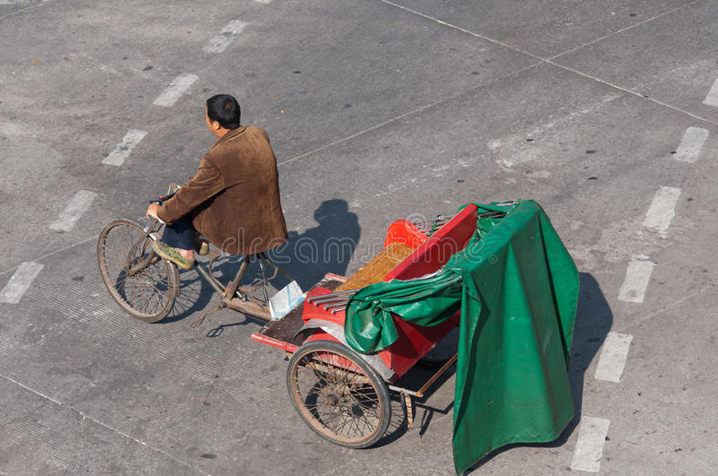 Download Zhongshan:tricycles On Urban Street Editorial Stock Image - Image: 17318014