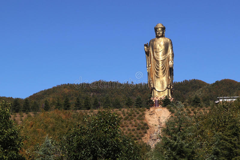 Zhongyuan Buddha. China Pingdingshan, Zhongyuan Buddha, located in Lushan Mountain County foquan temple, is the world's highest Buddhist statues. Buddha 208 stock photography