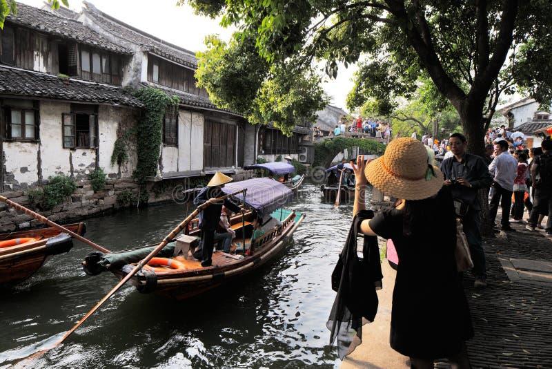 Download Zhouzhuang En China Se Conoce Como La Venecia Del Este Imagen editorial - Imagen de looking, canal: 41921860