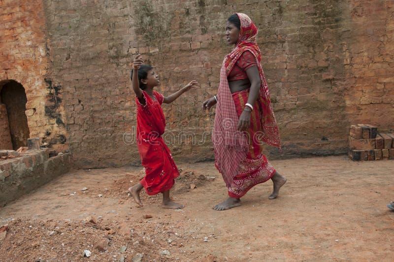 Ziegelstein-Fabrik in Indien lizenzfreies stockbild