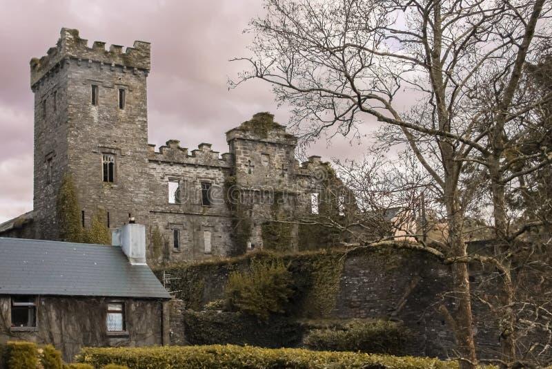 Ziehen Sie sich Ruinen zurück Macroom irland lizenzfreies stockbild