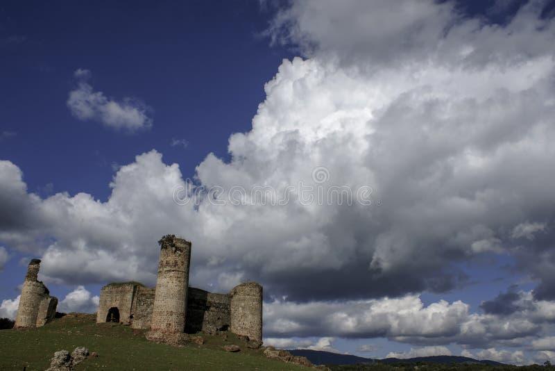 Ziehen Sie sich Türme Monesterio in der Provinz von Badajoz zurück stockbild