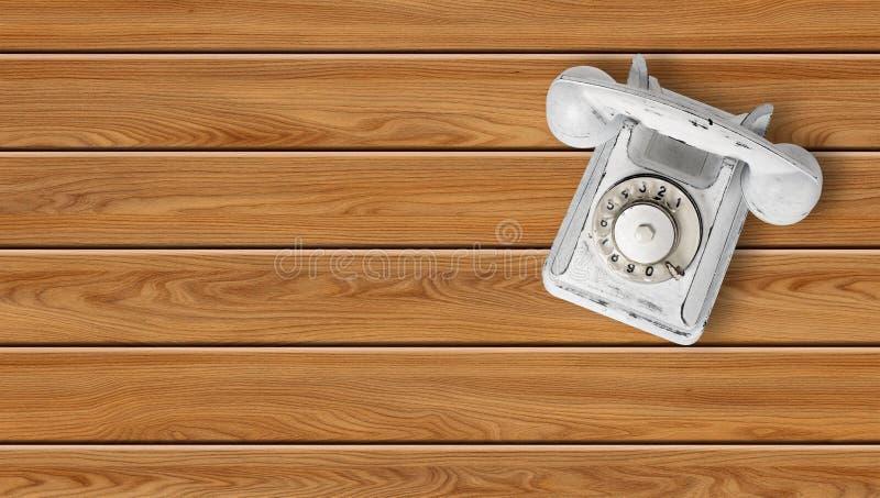 Ziehen Sie weißem Weinlesetelefon auf einem hölzernen Hintergrund ab lizenzfreies stockfoto