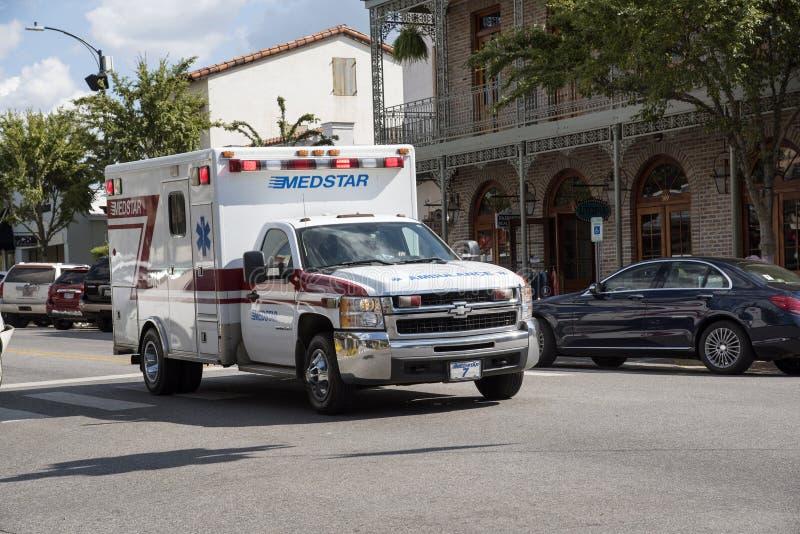 Ziekenwagen op een noodsituatie callout royalty-vrije stock fotografie