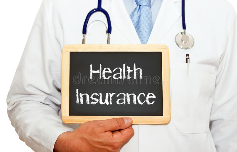 Ziektekostenverzekering - het bord van de Artsenholding met tekst royalty-vrije stock afbeeldingen