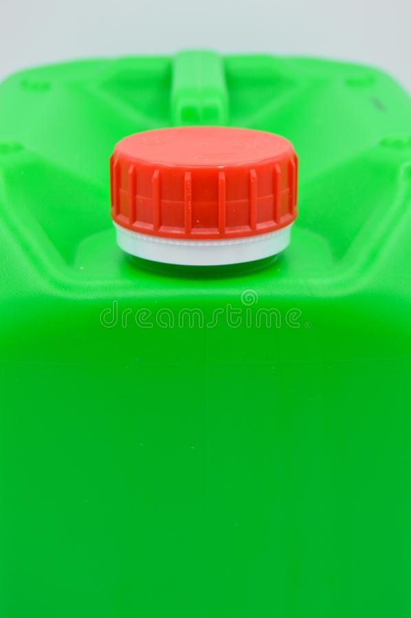 Ziele? barwi?ca plastikowa detergentowa butelka Kosmetyk, zbiornik zdjęcie stock