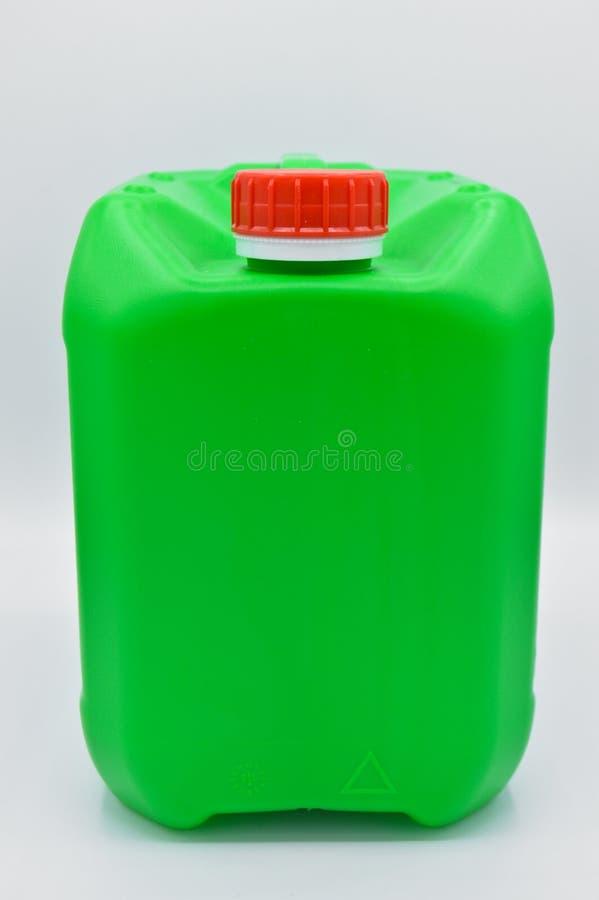 Ziele? barwi?ca plastikowa detergentowa butelka Kosmetyk, zbiornik zdjęcie royalty free