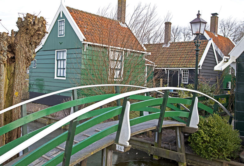 Zieleni domy w Zaanse Schans muzeum zdjęcia royalty free