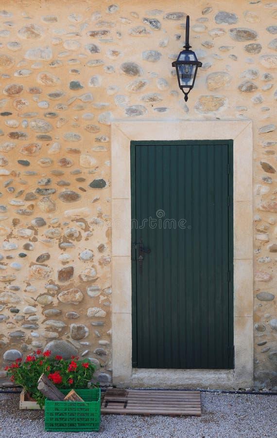 zielone drzwi fotografia stock