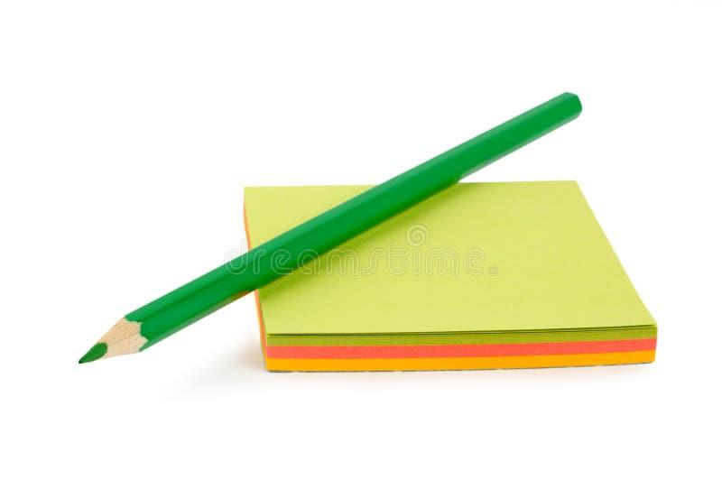 zielonego papieru ołówek zdjęcie stock