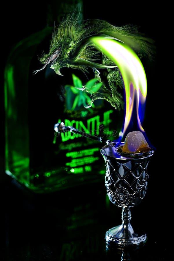 Zielonego węża fotografia na niebezpieczeństwach alkohol zdjęcie royalty free