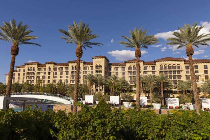 Download Zielonej Doliny Rancho Kurortu Basenu Teren W Las Vegas, NV Na Sierpień 2 Fotografia Editorial - Obraz: 33096142