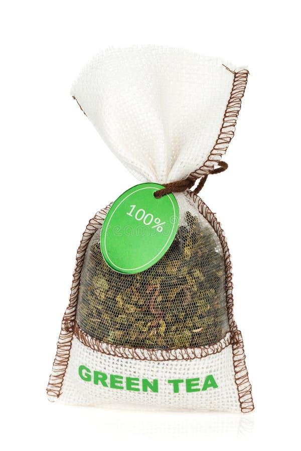 Zielonej herbaty mała torba zdjęcie royalty free