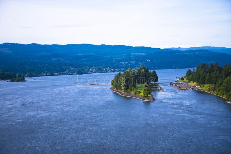 Zielonej wyspy błękitne wody Kolumbia Kolumbia Rzeczny sceniczny wąwóz obraz stock