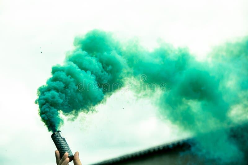 zielony dym