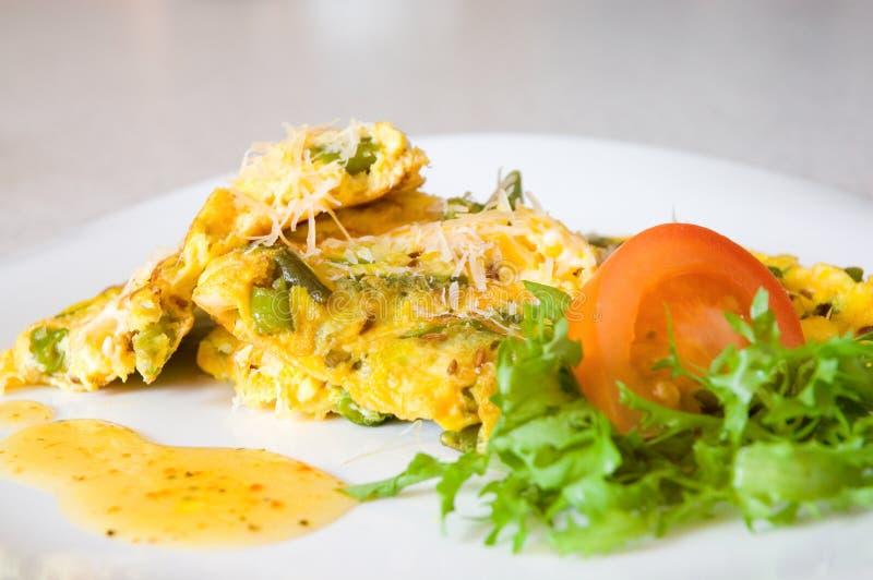 zielony fasola omlet zdjęcia royalty free