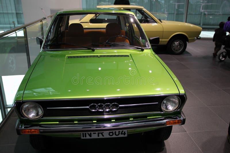 Zielony klasyczny audi samochód fotografia stock