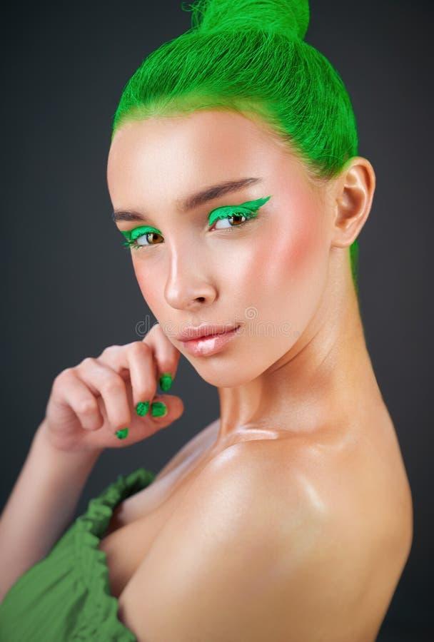 Zielony kruszcowy makeup obrazy royalty free