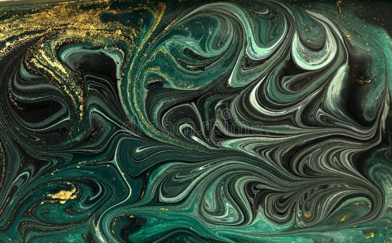 Zielony marmurowy abstrakcjonistyczny akrylowy tło Marmoryzaci grafiki tekstura Agat czochry wzór Złoto proszek obraz royalty free