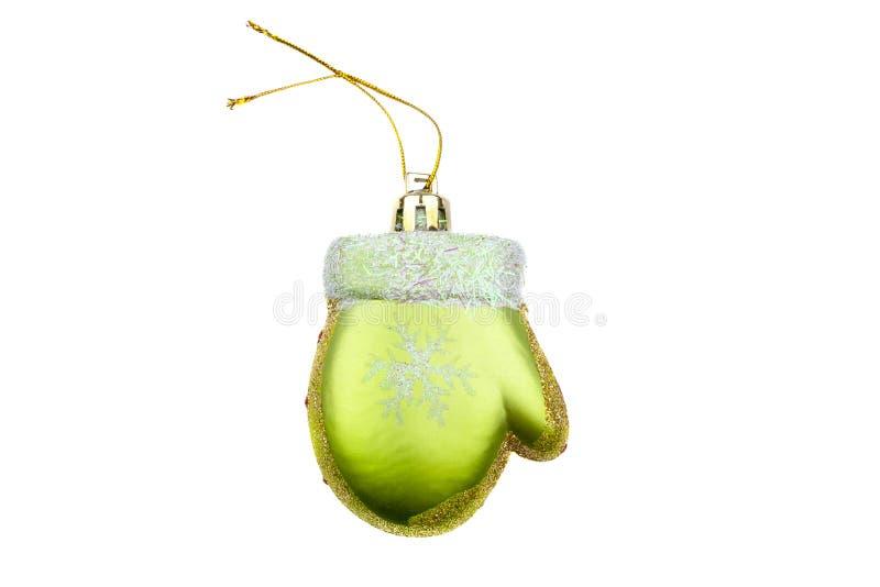 Zielony mitynki choinki ornament z malującym płatek śniegu i złota proszkiem odizolowywającym na białym tle obrazy royalty free