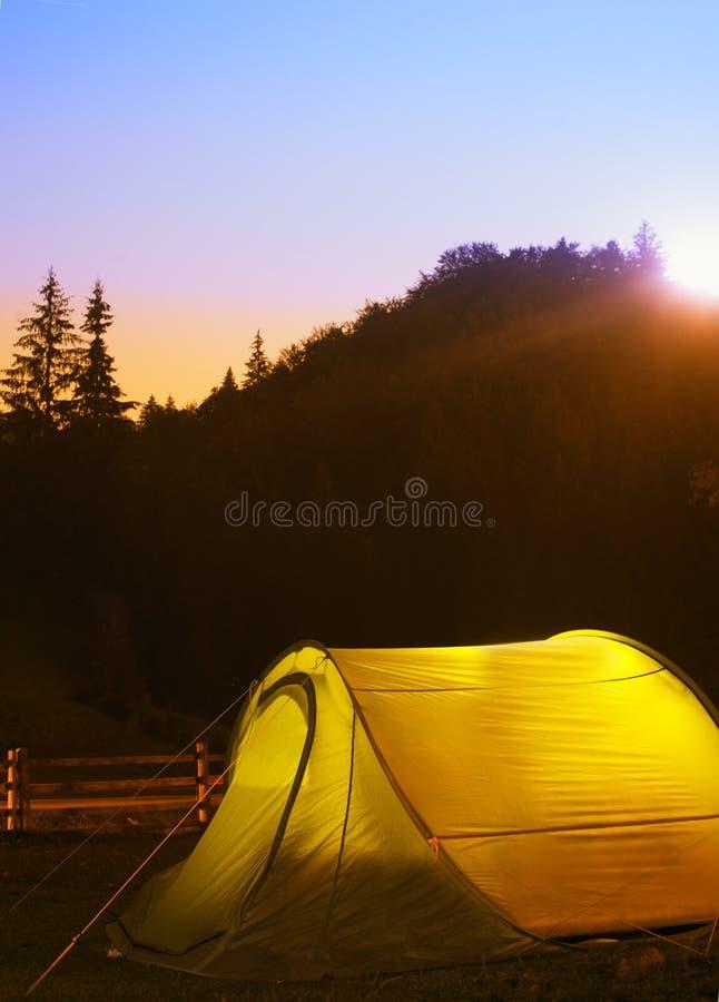 Zielony namiot zdjęcie royalty free