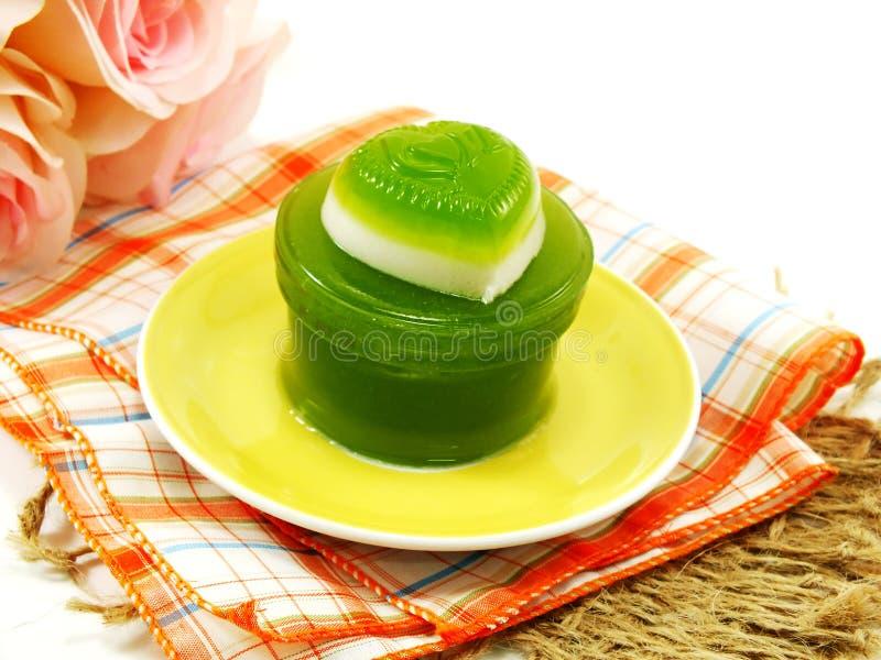 Zielony pandan i kokosowy dojnej galarety kierowy słodki deser zdjęcie royalty free
