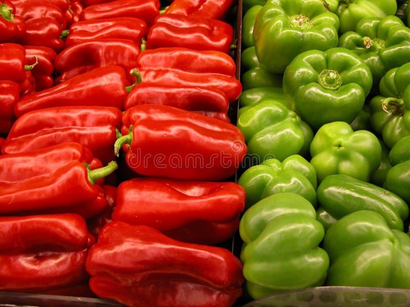 zielony pieprz czerwone obrazy royalty free