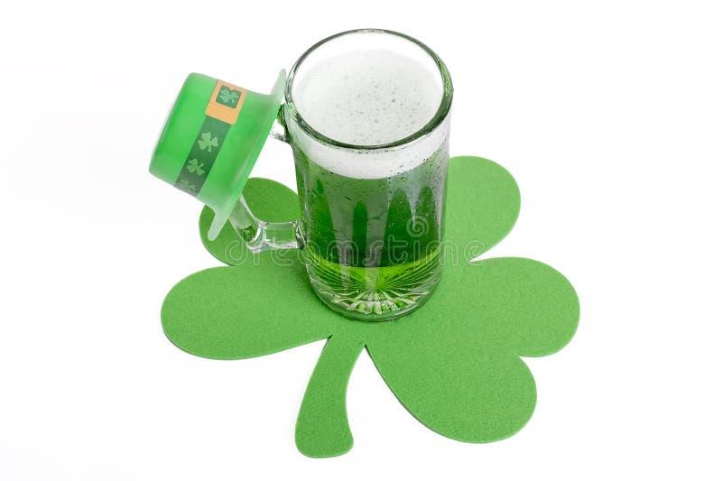 Zielony piwo obraz stock