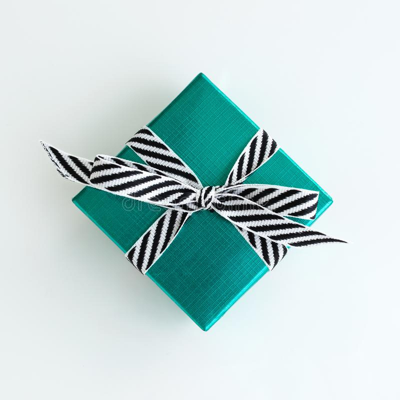 Zielony prezenta pudełko fotografia royalty free