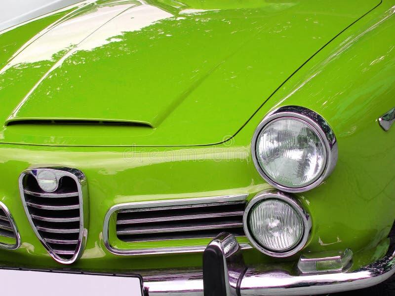 zielony samochód we włoszech zdjęcie stock