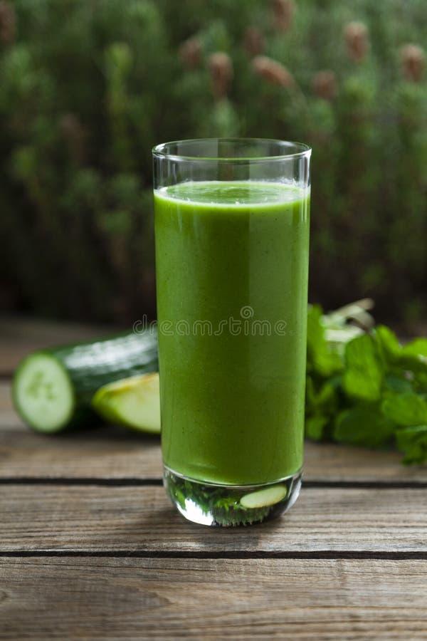 zielony smoothie obraz royalty free