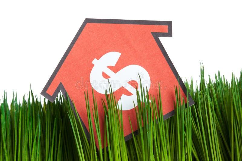 zielony trawa dom obrazy stock
