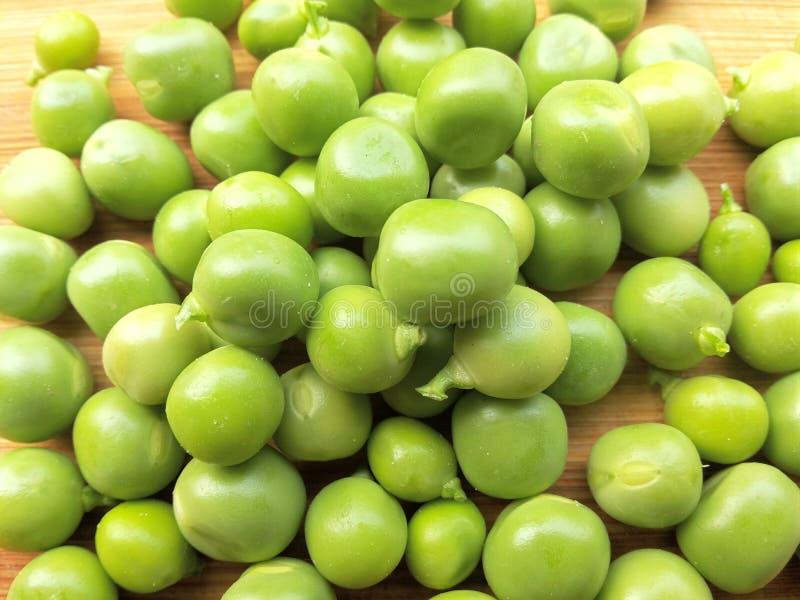 Zielonych grochów rozsypisko zdjęcia stock