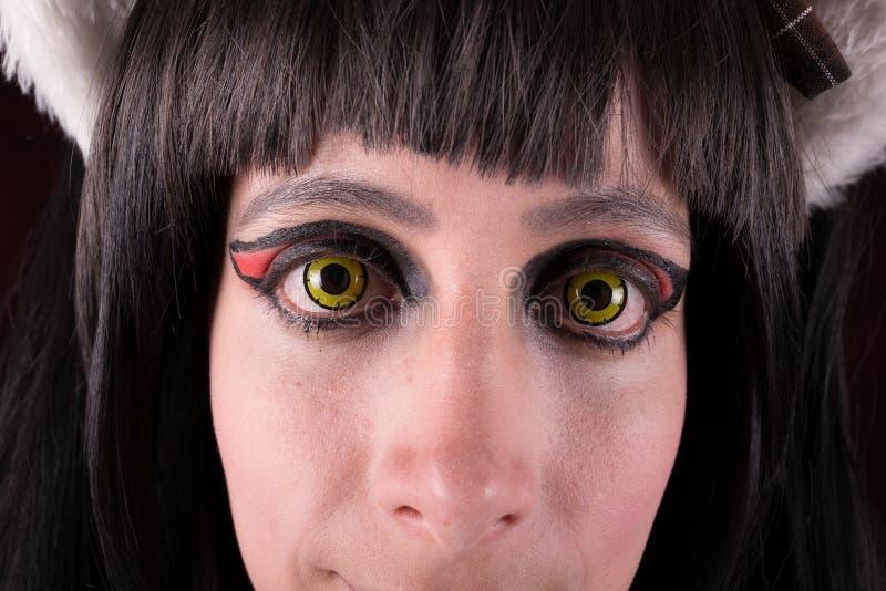 Zielonych oczu szkieł kontaktowych kobiety portret. obraz stock