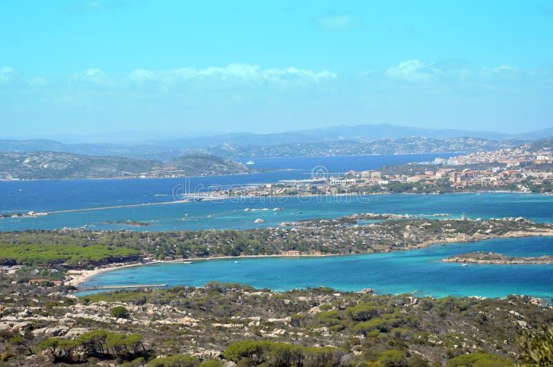 Ziemny raj w Śródziemnomorskim Archipelag Maddalena, Caprera wyspa zdjęcia stock