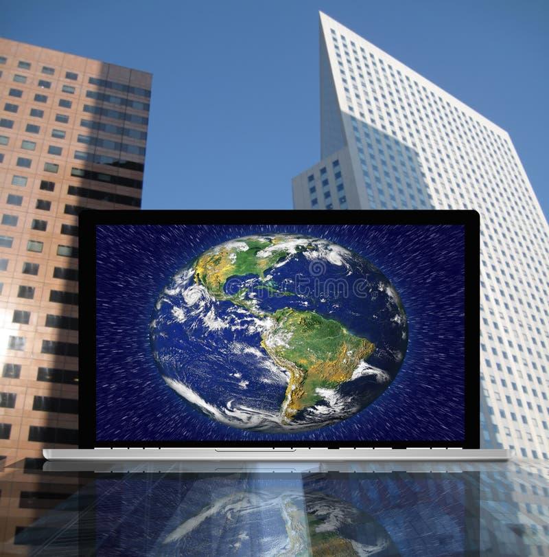 ziemski laptop ilustracji