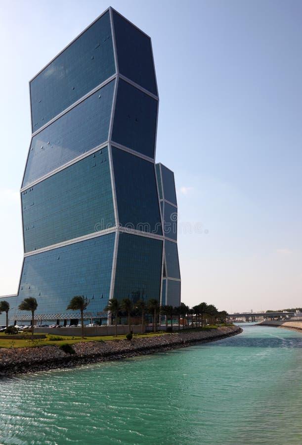 Zig Zag står högt i Doha, Qatar arkivfoton