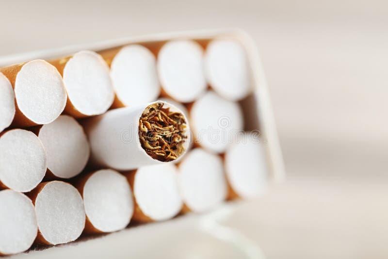 Zigaretten lizenzfreie stockfotografie